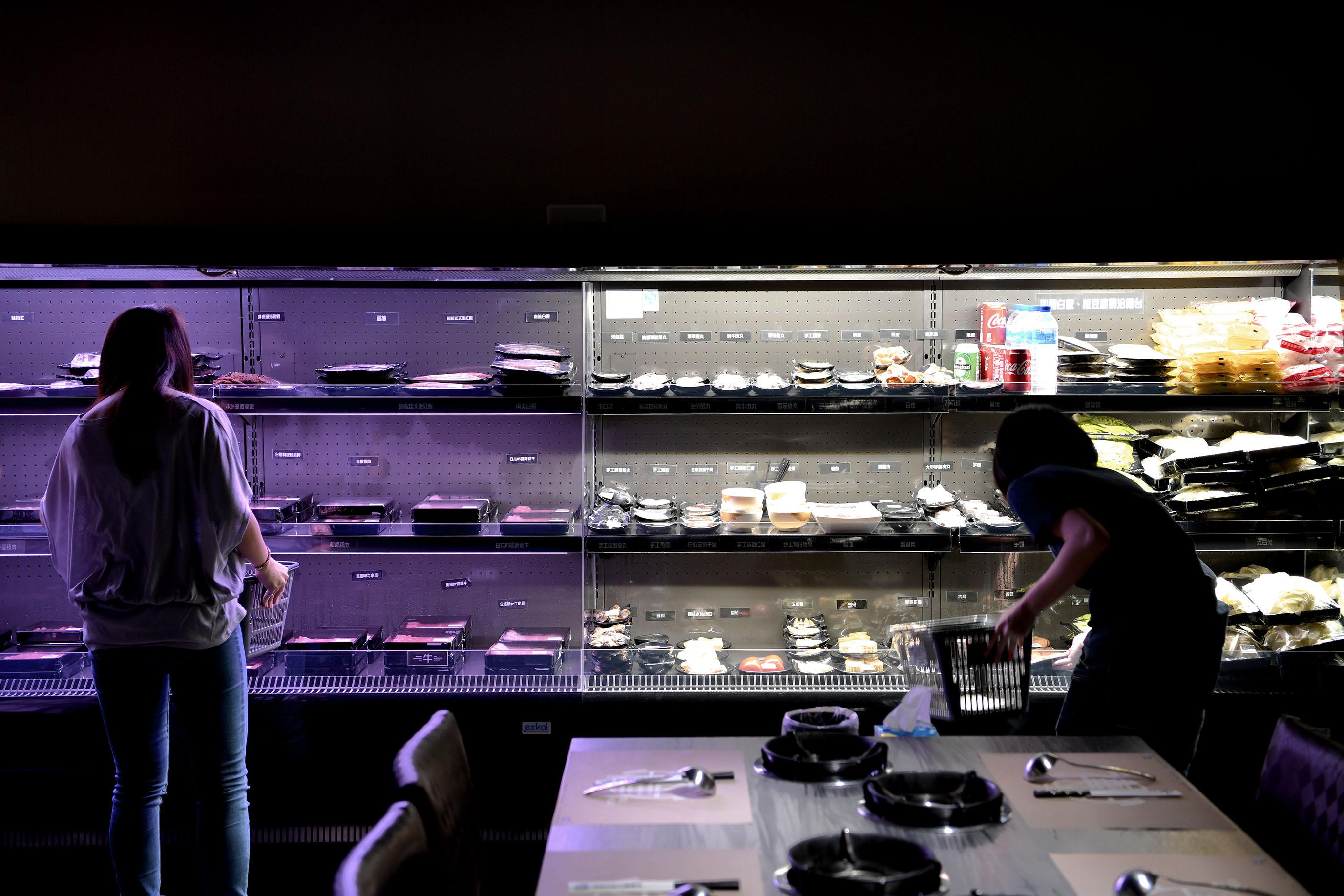 台北民生社區 沐樺頂級肉品火鍋超市|由自己精挑細選最豐盛的火鍋大餐