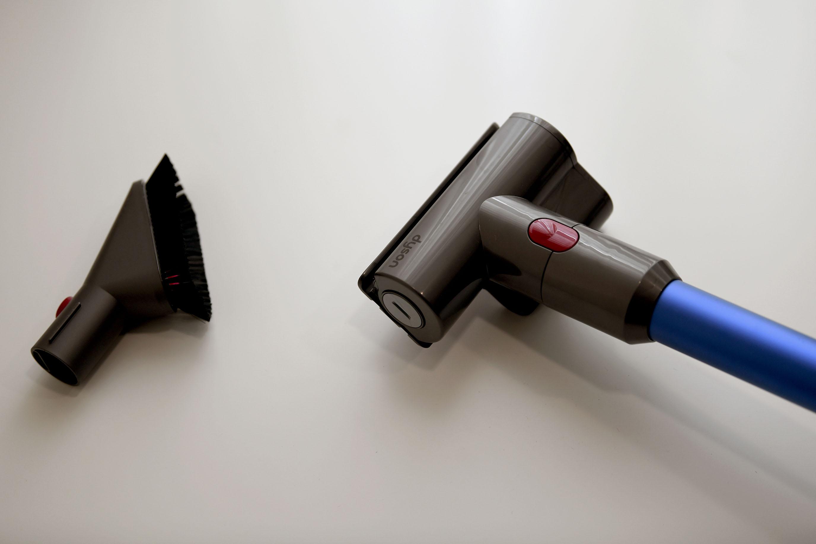 Dyson V11 Absolute   滿足細節控的清潔日常,我用簡單,實現美好。