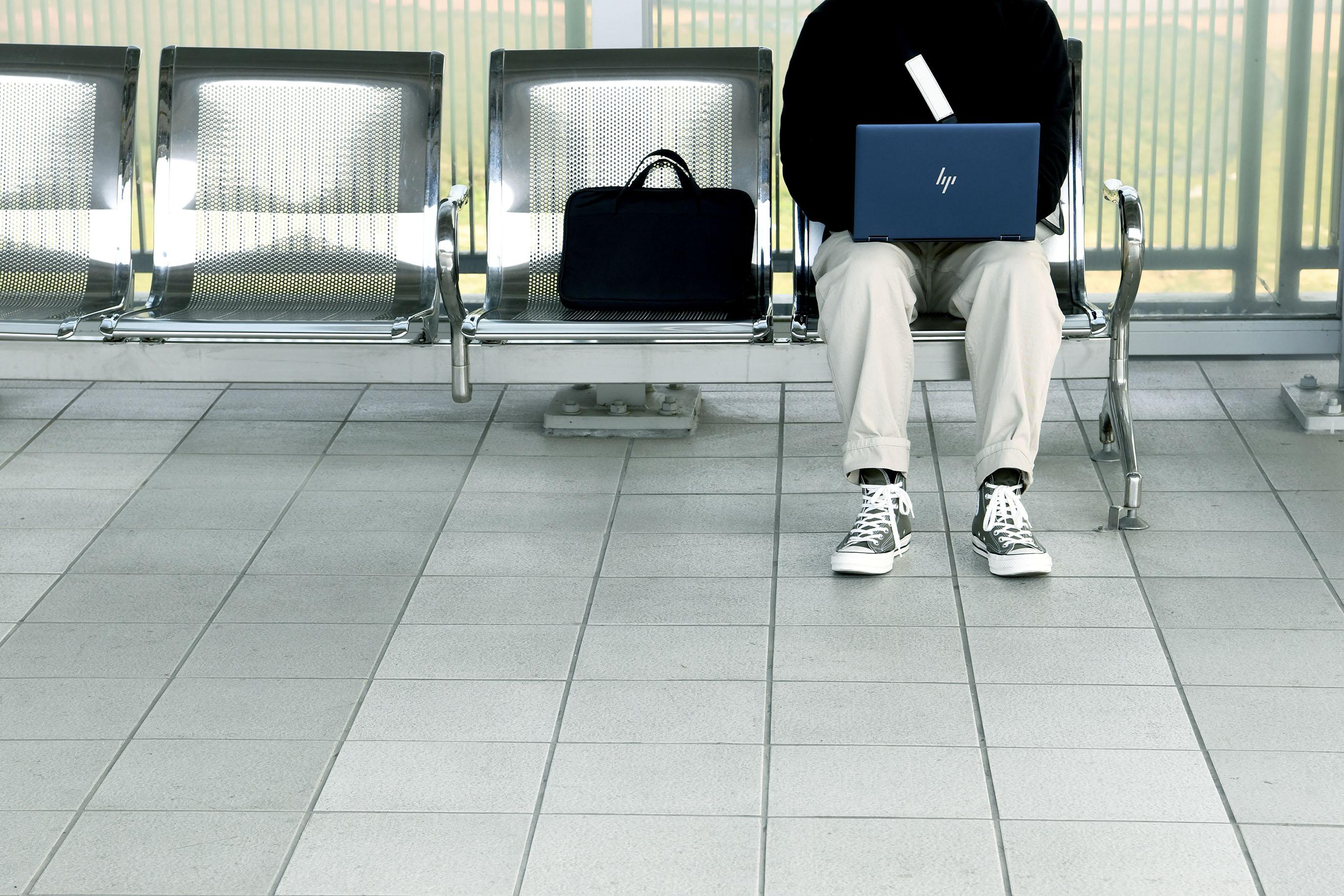 再忙也要出發旅行,理想生活不因工作犧牲|HP Elite Dragonfly @MENS 30S LIFE