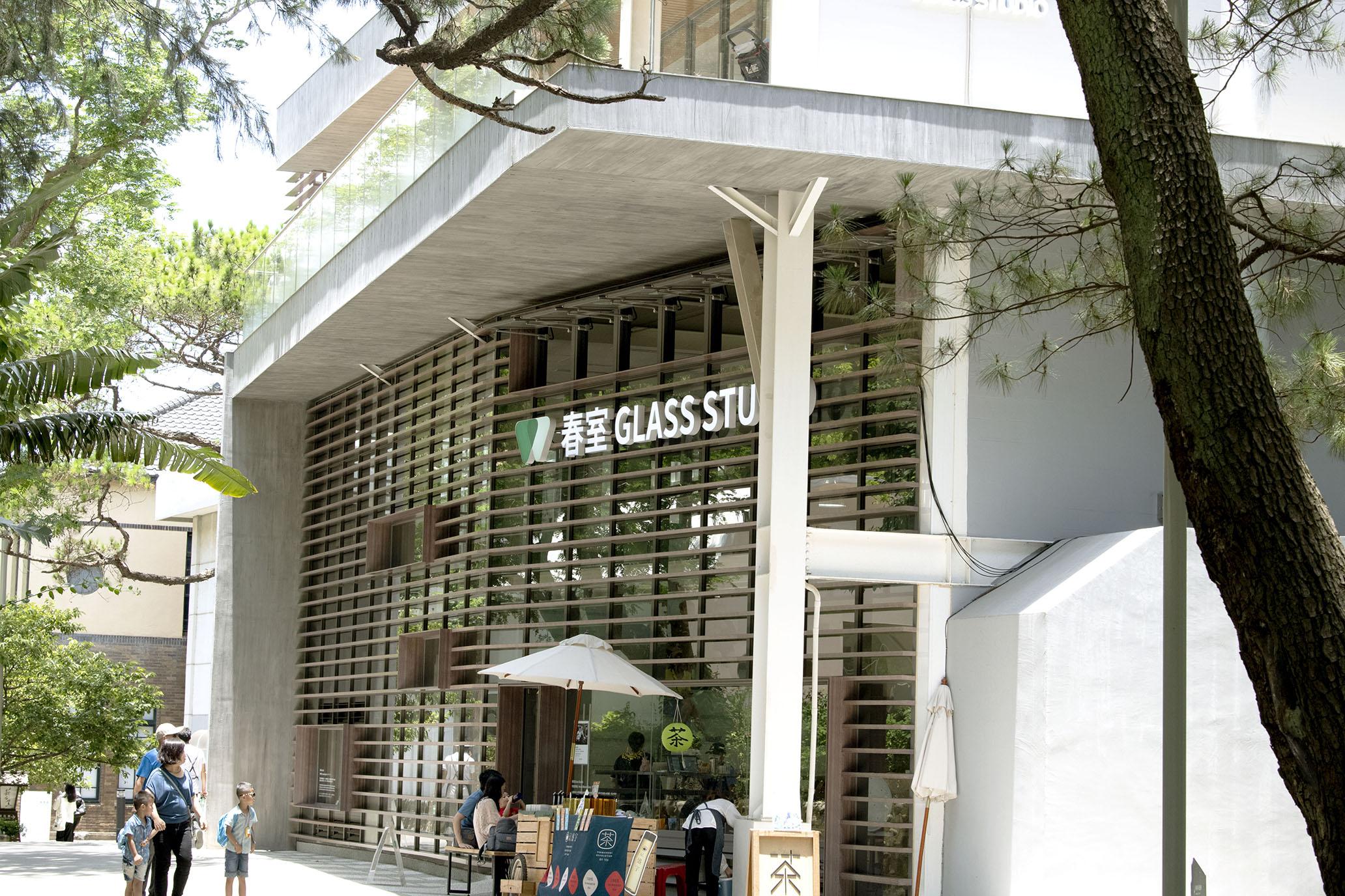 新竹春室,夏至裡感受玻璃的各形思緒與聲息。