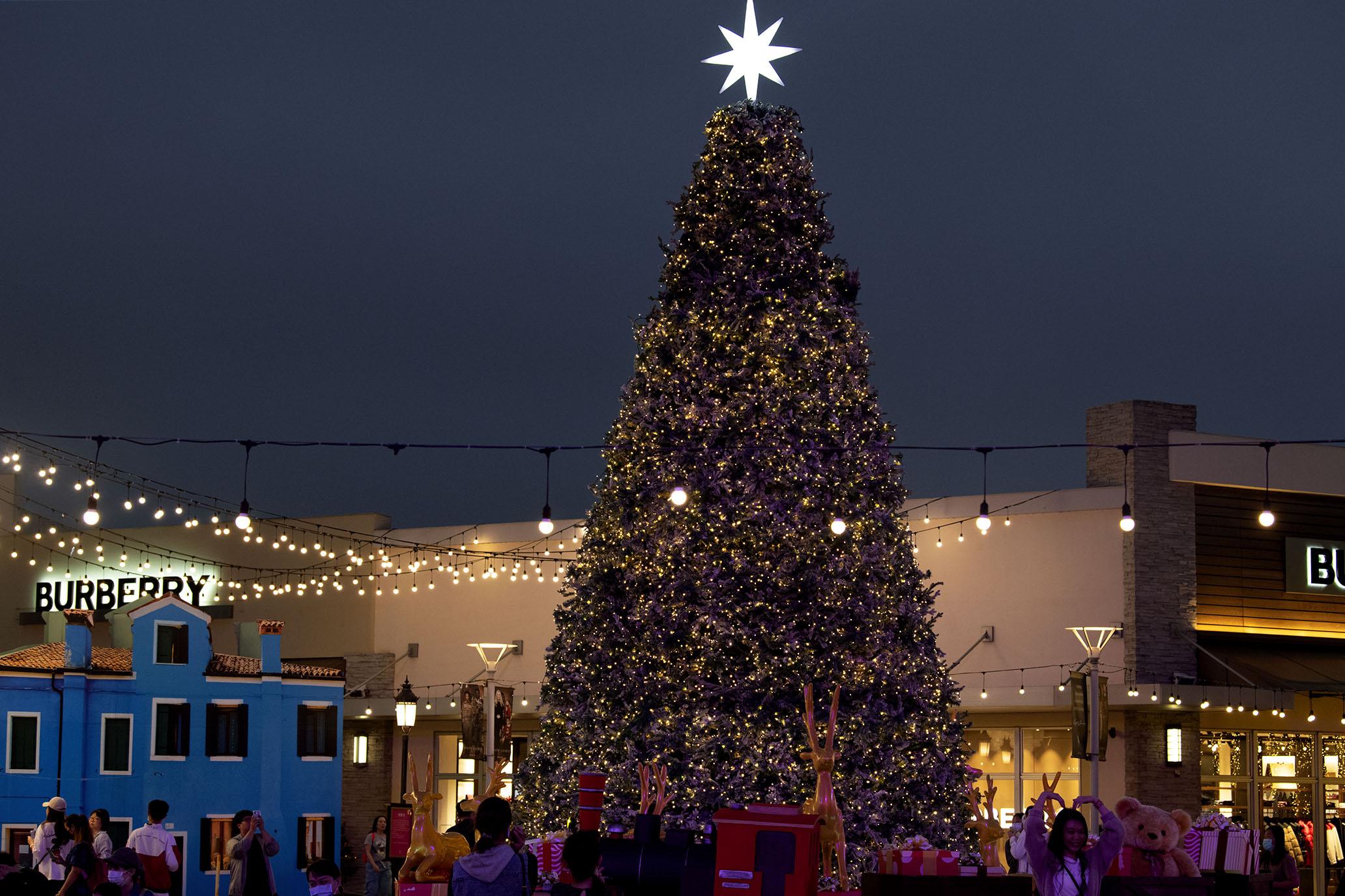 出發華泰名品城,度過異國風情的耶誕時節。