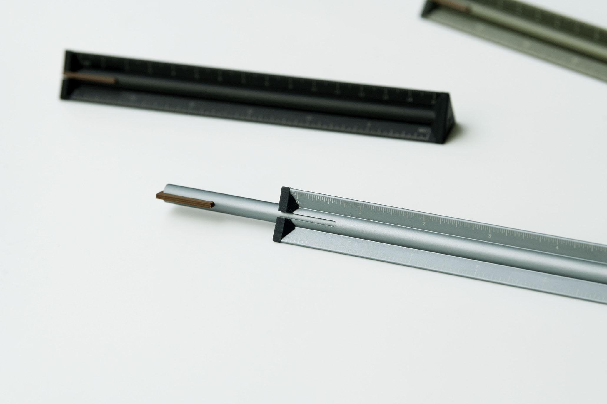 網站近期文章:一筆在手,實現設計工作者的完美想像|TA+d 筆力尺+竹織鋼筆