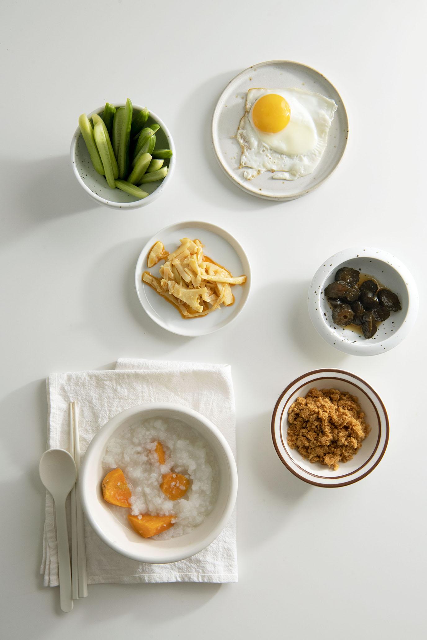 是一人滿足,兩人剛好,有時三人吃得精巧熱鬧|CLAIRE mini cooker 電子鍋