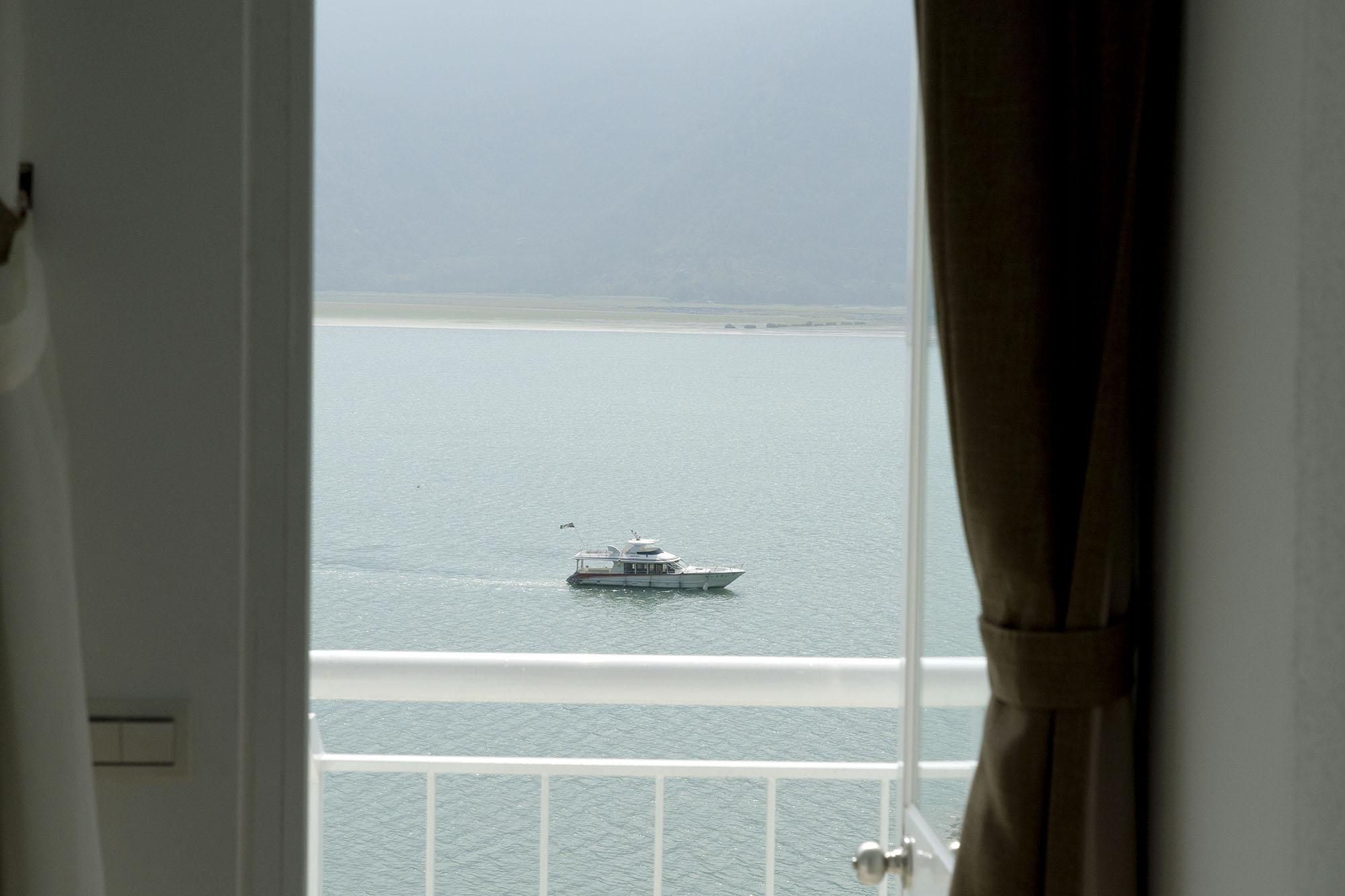 早起看日出,拾獲島中央的那份平靜悠閒|南投 盒木 Hermon