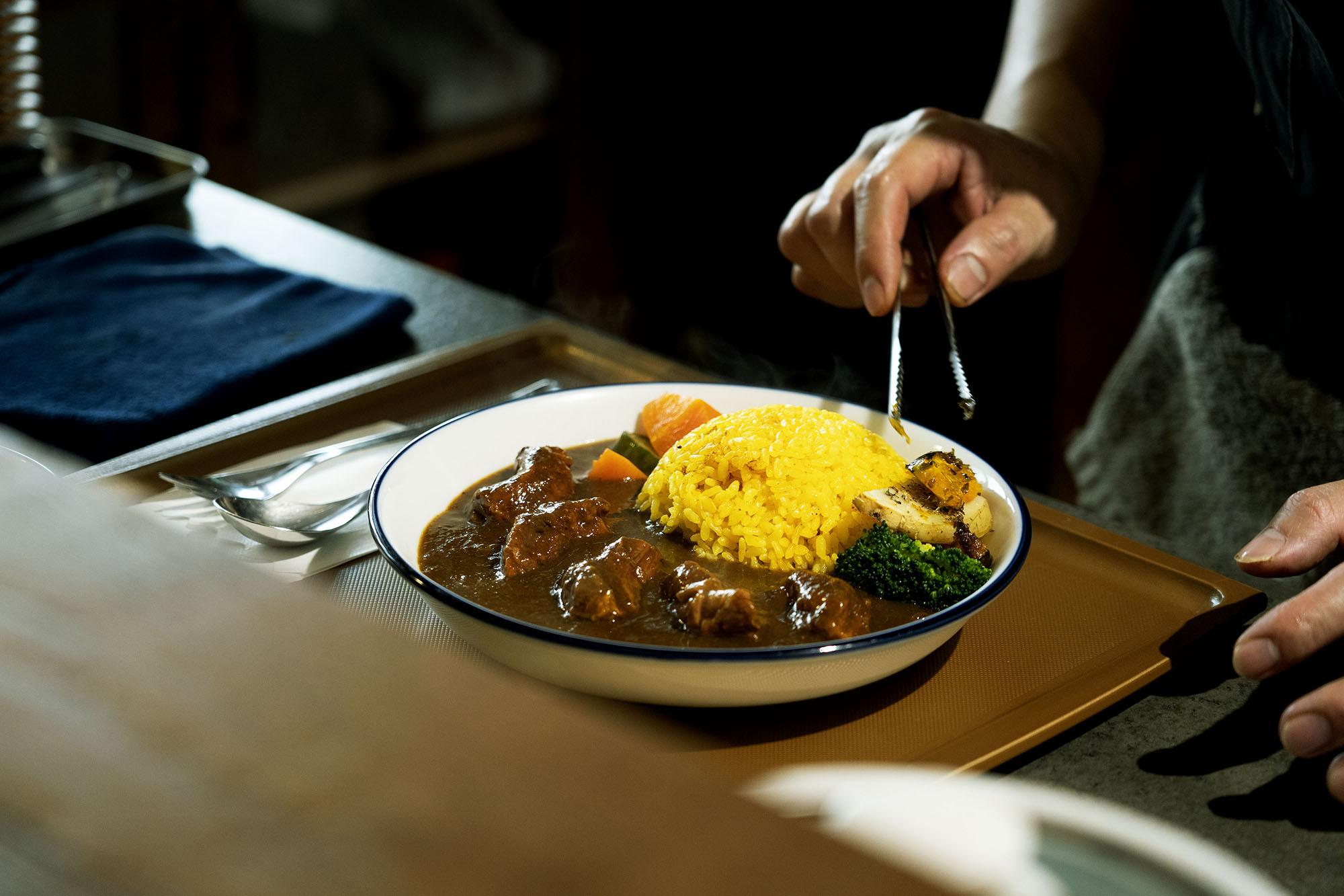 網站近期文章:嘉義 大人味 日印珈哩|將食物用心對待,令人心念的日式漢堡排。