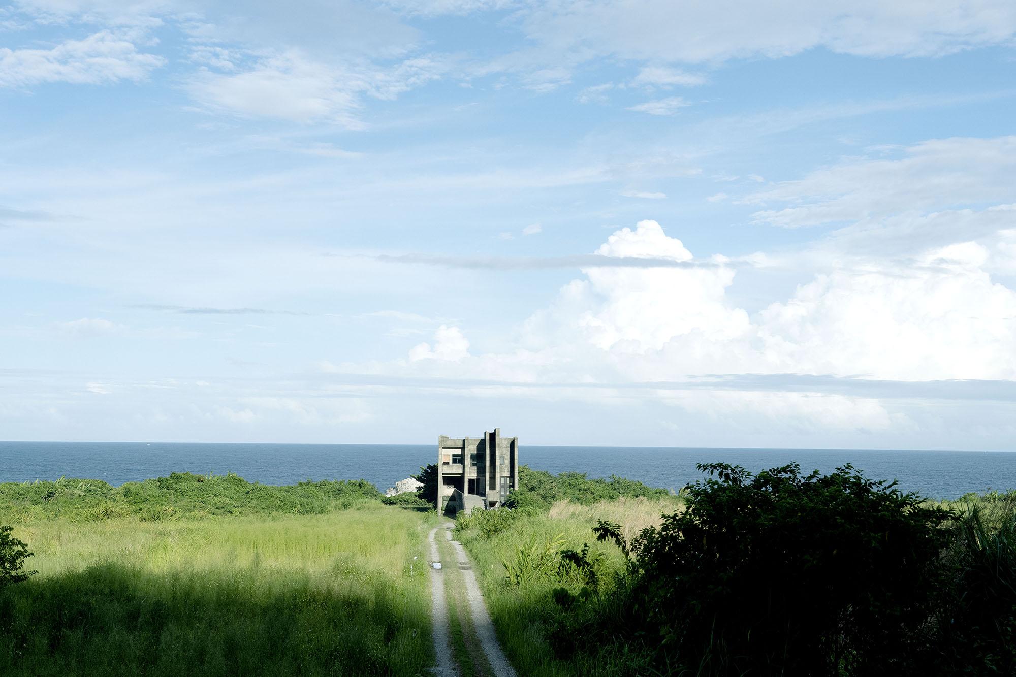 網站近期文章:離開台北二日,跟著大海來到花蓮石梯灣118。