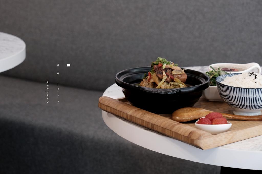 台北 溫叨CAFE敦南店|這裡有麵、有飯,還有夏季消暑冰沙聖品,想在溫叨慵懶度日。 @MENS 30S LIFE